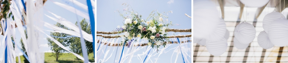 Blue and white ribbons wedding ceremony