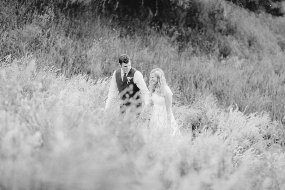 Martinborough romantic wedding photography